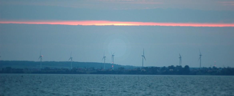 windmills_at_the_sea_eff